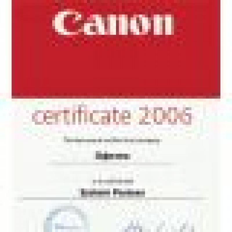 Очередная конференция дилеров Canon. Вручение сертификатов об авторизации группы